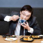 満腹が老化の原因?満腹は健康に悪い?健康の為には腹七分目がいいかも?特に就寝前の満腹は危険?!